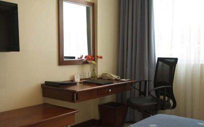 prods-furniture-hotel-dressers-feat